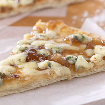 Roasted Garlic Onion Jam Pizza